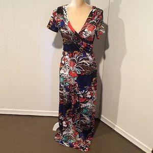 Petite Magic Short Sleeve Maxi Dress, Size PM